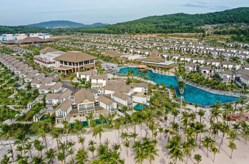 Giới nhà giàu tại Việt Nam tăng nhanh chóng là động lực phát triển bất động sản du lịch - Ảnh 1.