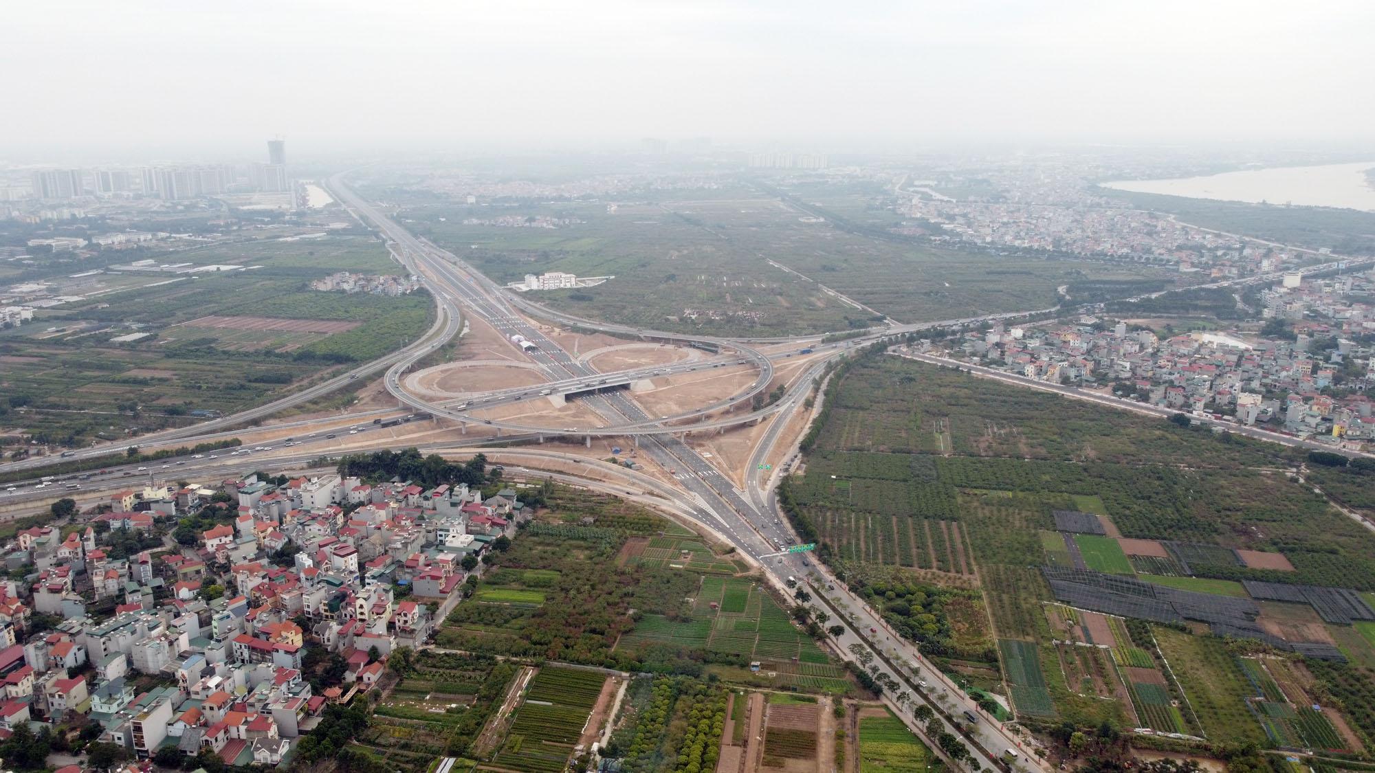 Cận cảnh nút giao đường Vành đai 3 với cao tốc Hà Nội - Hải Phòng trị giá 400 tỷ đồng - Ảnh 14.