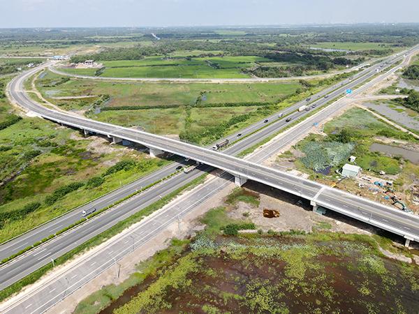 Sau nhiều lần trì hoãn, Đồng Nai dự kiến thông xe đường gần nghìn tỷ trong tháng 10 - Ảnh 1.