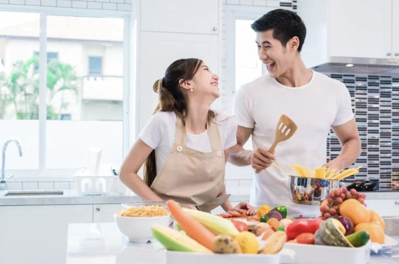 Gợi ý 5 cách tạo bất ngờ cho người phụ nữ mình yêu thương trong ngày 20/10 - Ảnh 1.