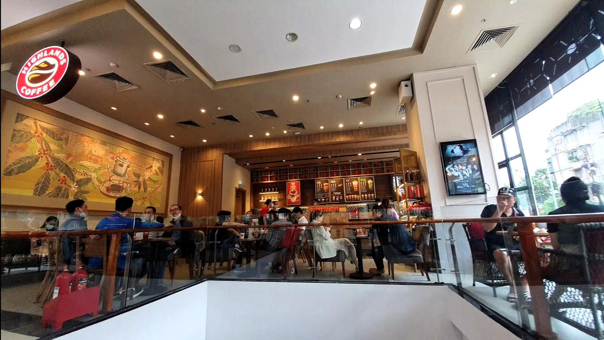 Mặt bằng BĐS bán lẻ Hà Nội 'thức giấc' sau hơn 2 tháng giãn cách - Ảnh 2.