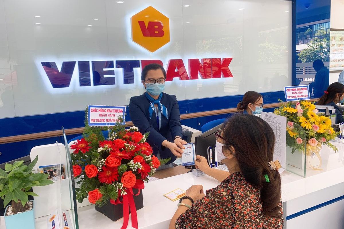 Lãi suất ngân hàng VietBank duy trì ổn định trong tháng 10/2021 - Ảnh 1.