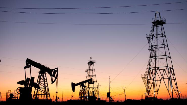 Giá xăng dầu hôm nay 6/10: Giá dầu tiếp tục tăng đạt mức cao nhất trong 3 năm - Ảnh 1.
