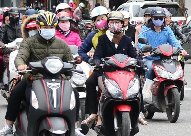 Thời tiết Đà Nẵng hôm nay 10/2: Giảm mưa, trời lạnh, Đà Lạt mưa rào có sấm chớp vào buổi chiều - Ảnh 1.