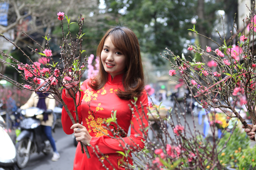 Thời tiết Đà Nẵng hôm nay 14/2: Mùng 3 Tết trời rét về sáng và đêm, ngày nắng, Đà Lạt chiều tối vẫn có mưa - Ảnh 2.