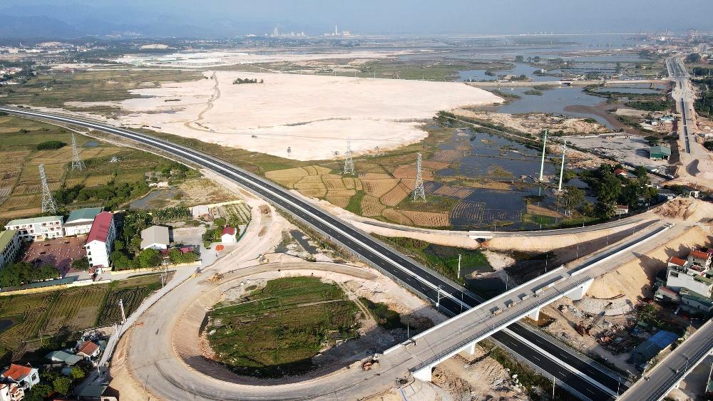 Siêu dự án 10 tỷ USD của Vingroup tại Quảng Ninh dự kiến khởi công năm nay - Ảnh 1.