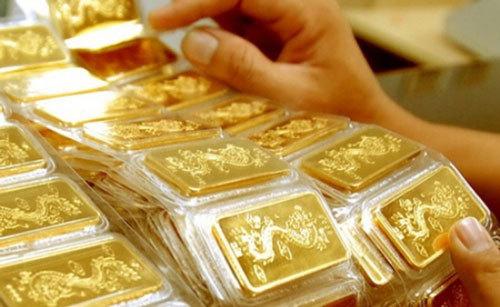 Giá vàng hôm nay 19/2: SJC tiếp đà giảm thêm 350.000 đồng/lượng - Ảnh 1.