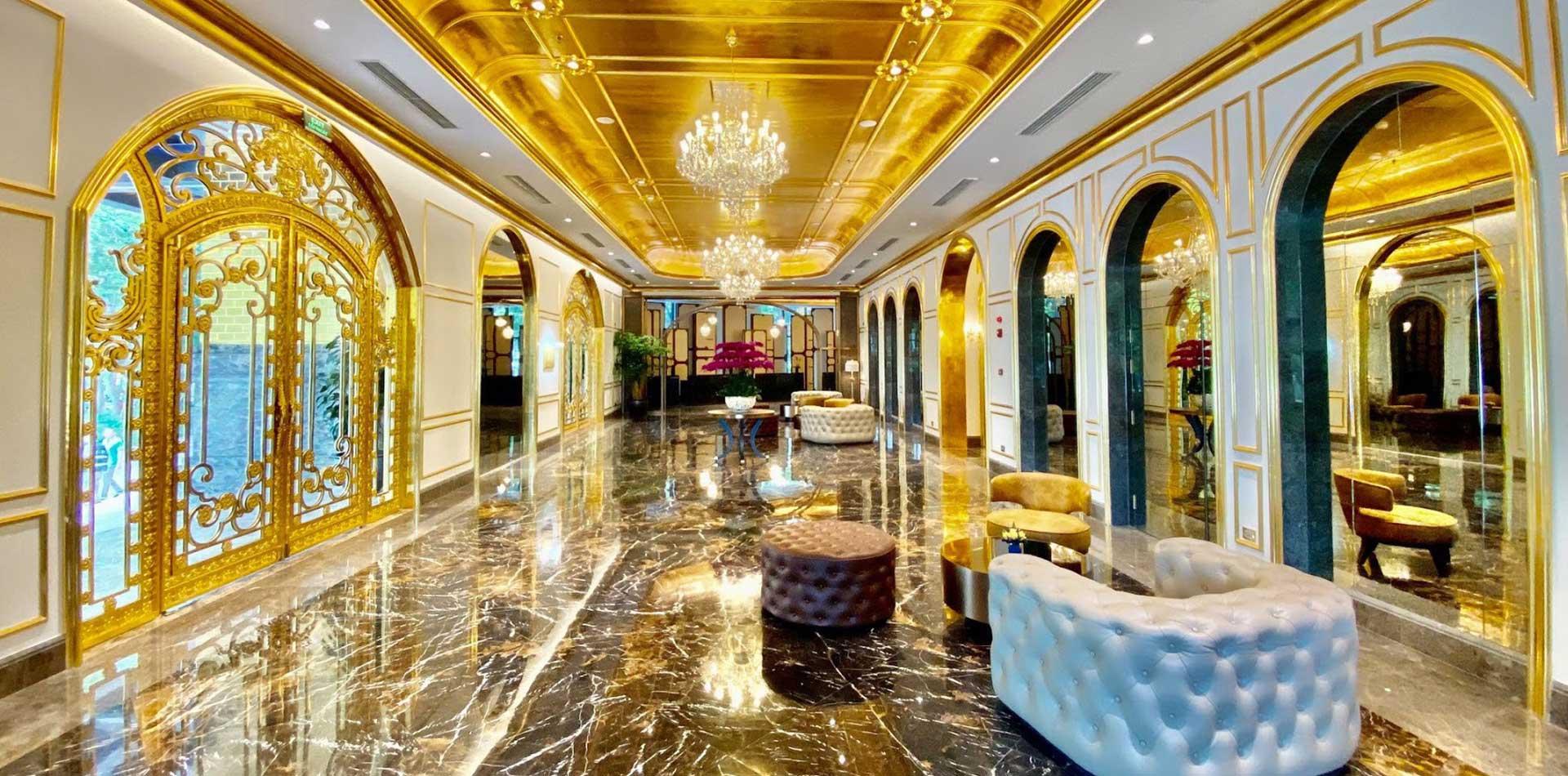 Những bất động sản dát vàng hàng trăm tỷ đồng - Ảnh 1.