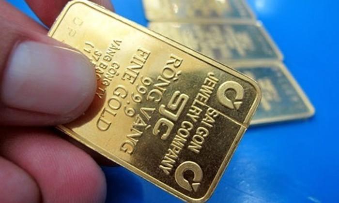 Giá vàng hôm nay 22/2: Mở phiên đầu tuần, SJC bất ngờ giảm mạnh - Ảnh 1.