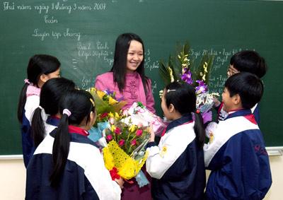 Gợi ý những lời chúc ngày 8/3 ý nghĩa dành cho cô giáo năm 2021 - Ảnh 2.