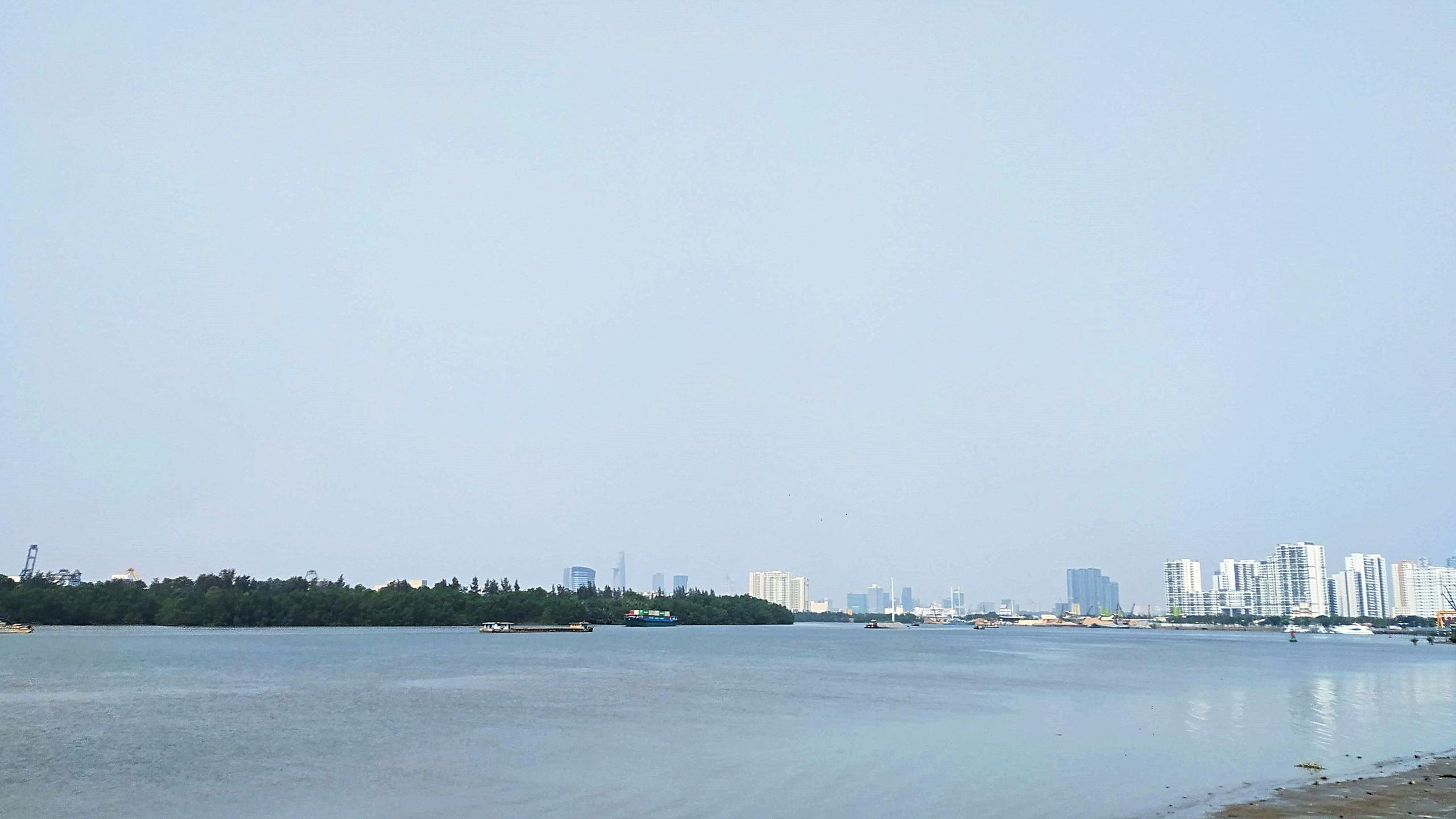 HoREA đề xuất quy hoạch cầu vượt biển Cần Giờ, đường ven sông Sài Gòn - Ảnh 1.