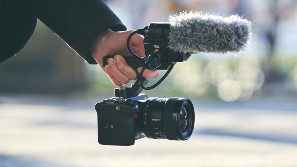 Sony cho ra mắt máy ảnh FX3 quay Full Frame có giá bán 3.900 USD  - Ảnh 2.