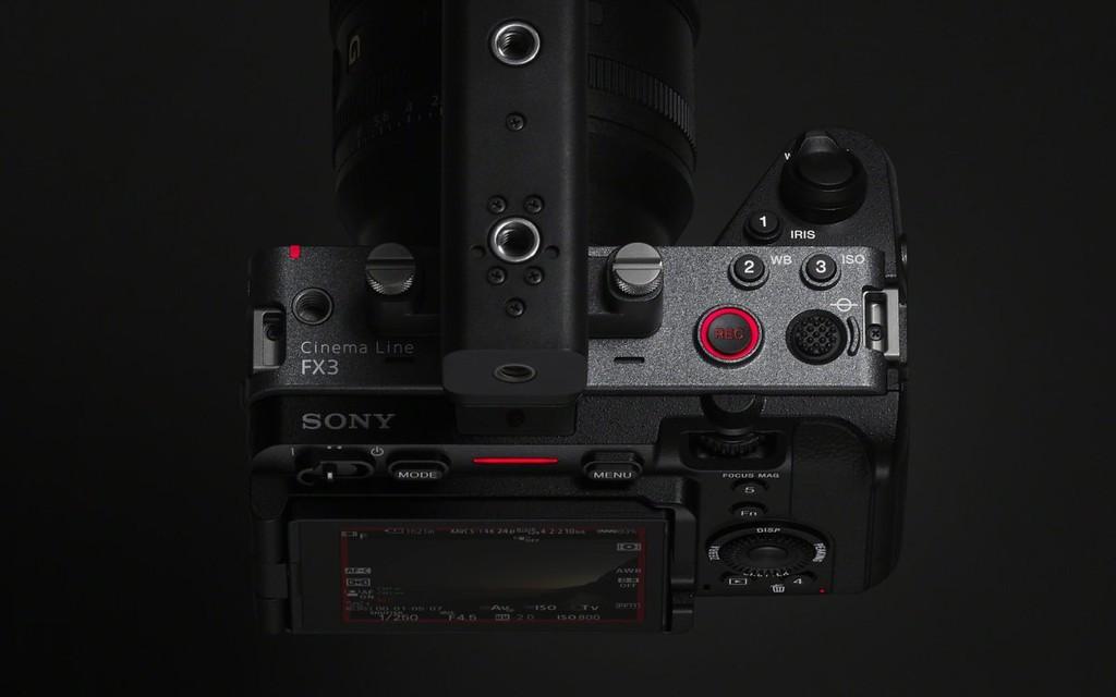 Sony cho ra mắt máy ảnh FX3 quay Full Frame có giá bán 3.900 USD  - Ảnh 3.