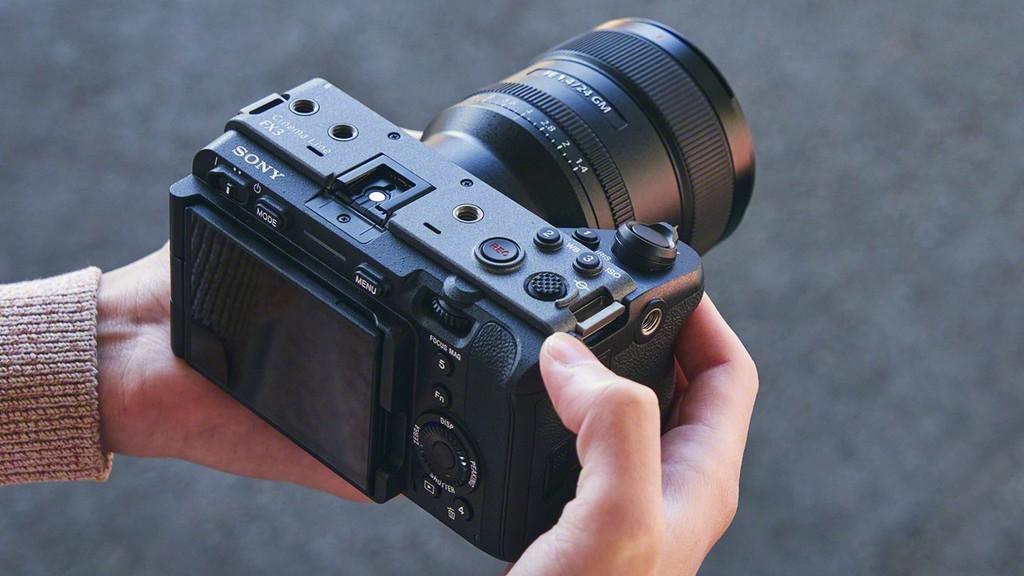 Sony cho ra mắt máy ảnh FX3 quay Full Frame có giá bán 3.900 USD  - Ảnh 5.