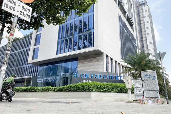 7 lần đấu giá, Sacombank vẫn chưa thanh lý được loạt căn hộ tại dự án Xi Grand Court  - Ảnh 1.