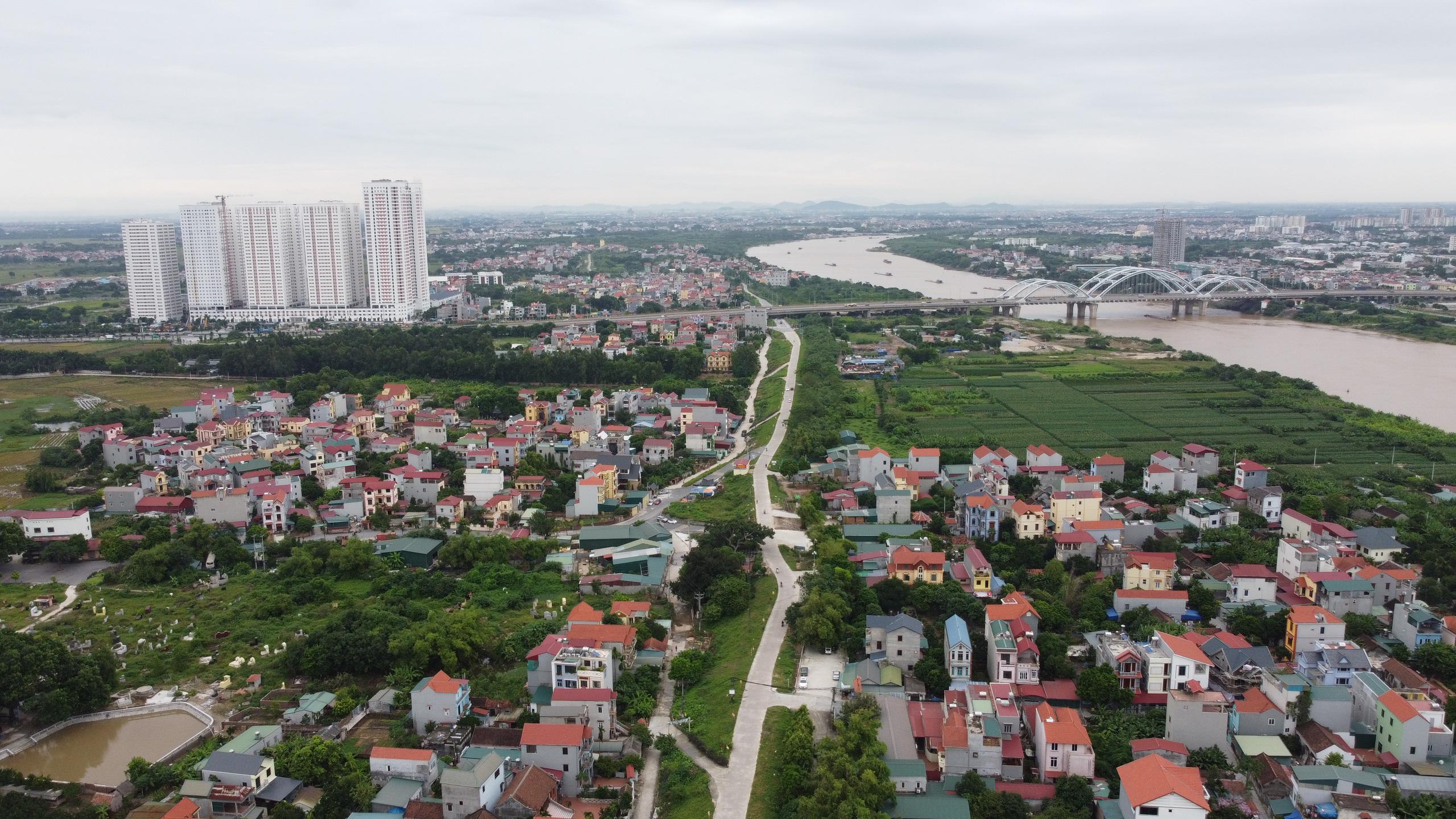 Giá đất Hoài Đức, Đông Anh, Gia Lâm cao ngất ngưởng trước thềm lên quận - Ảnh 1.