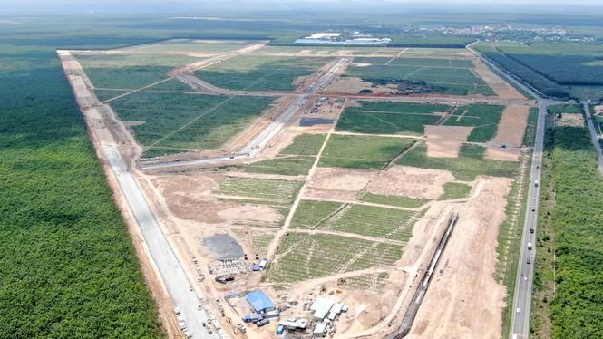 Dự án sân bay Long Thành: Chính thức giao nhận đất cho 336 hộ dân - Ảnh 1.
