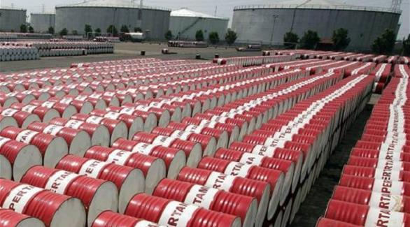 Giá xăng dầu hôm nay 18/3: Giá dầu tiếp tục giảm do hàng tồn kho của Mỹ tăng - Ảnh 1.