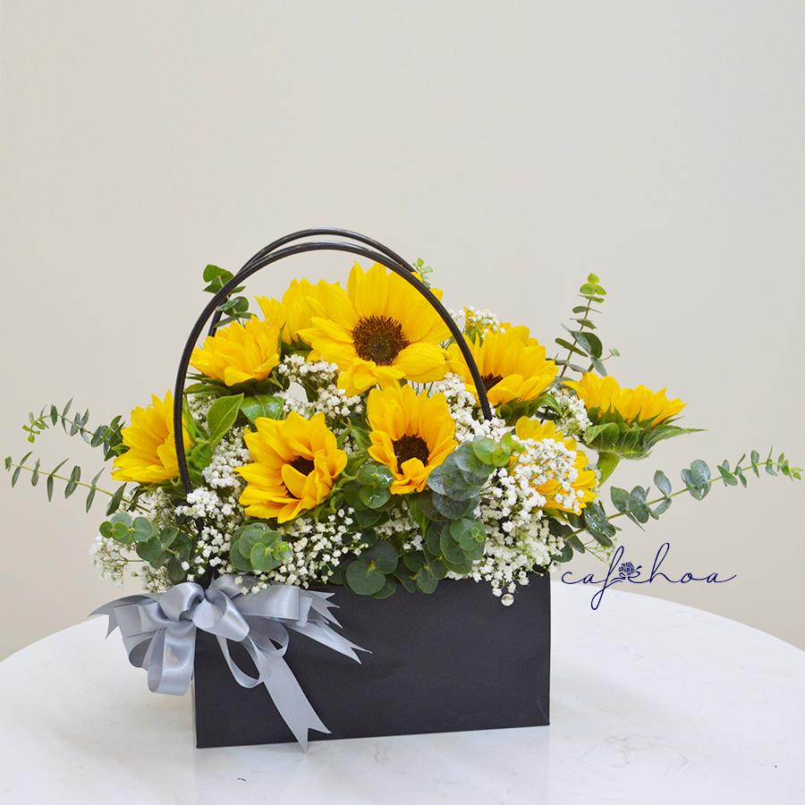 Gợi ý những cách cắm hoa ngày 8/3 đẹp và ấn tượng dành tặng chị em phụ nữ - Ảnh 12.
