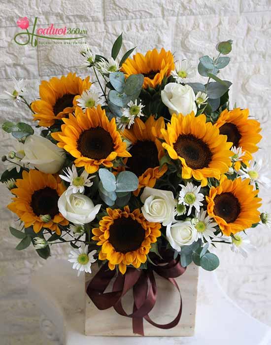 Gợi ý những cách cắm hoa ngày 8/3 đẹp và ấn tượng dành tặng chị em phụ nữ - Ảnh 6.