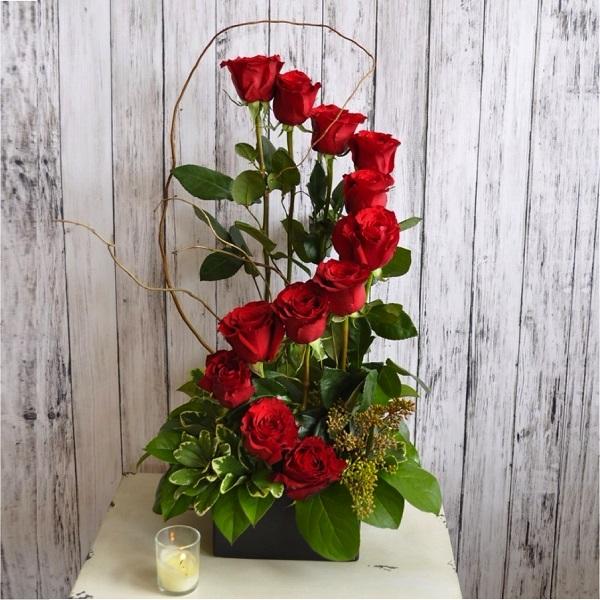 Gợi ý những cách cắm hoa ngày 8/3 đẹp và ấn tượng dành tặng chị em phụ nữ - Ảnh 8.