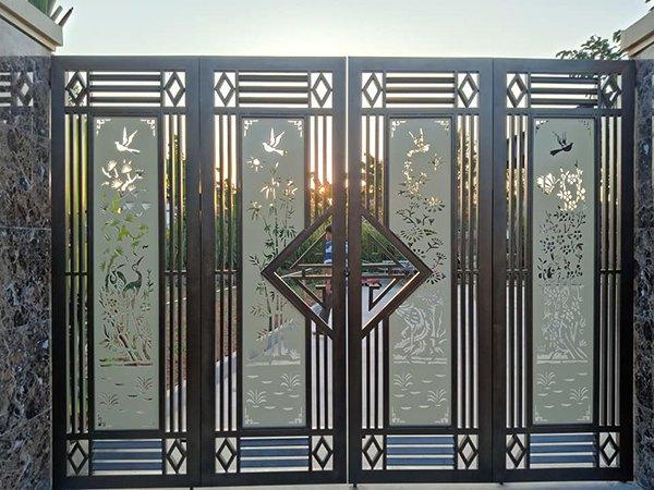 Gợi ý các mẫu cổng sắt đẹp, nổi bật trong năm 2021  - Ảnh 8.