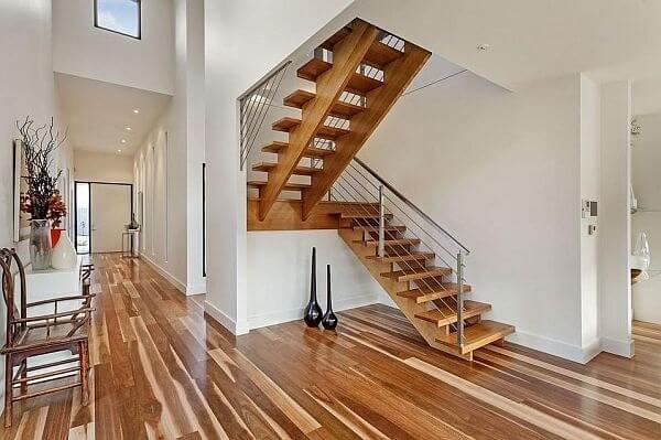 Tham khảo một số mẫu cầu thang gỗ đẹp và độc đáo năm 2021 - Ảnh 13.