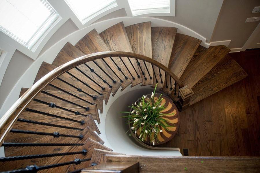 Tham khảo một số mẫu cầu thang gỗ đẹp và độc đáo năm 2021 - Ảnh 9.