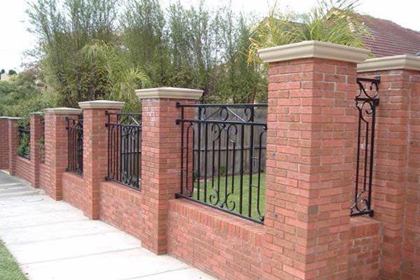Gợi ý một số mẫu hàng rào đẹp và kiên cố cho nhà cấp 4 - Ảnh 1.