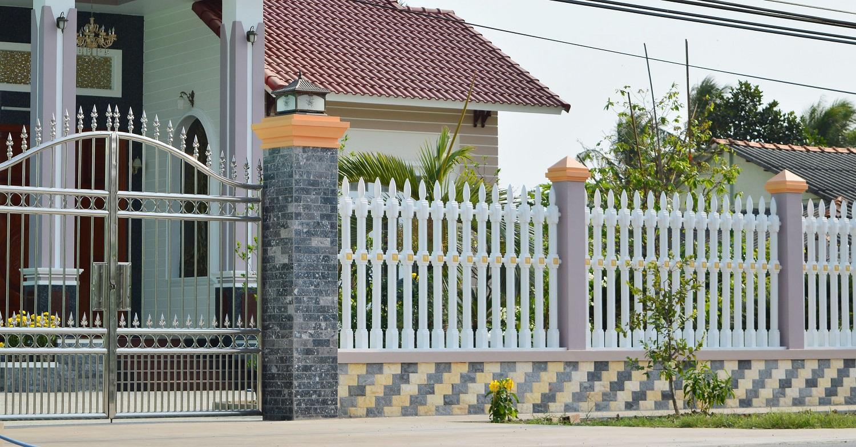Gợi ý một số mẫu hàng rào đẹp và kiên cố cho nhà cấp 4 - Ảnh 16.