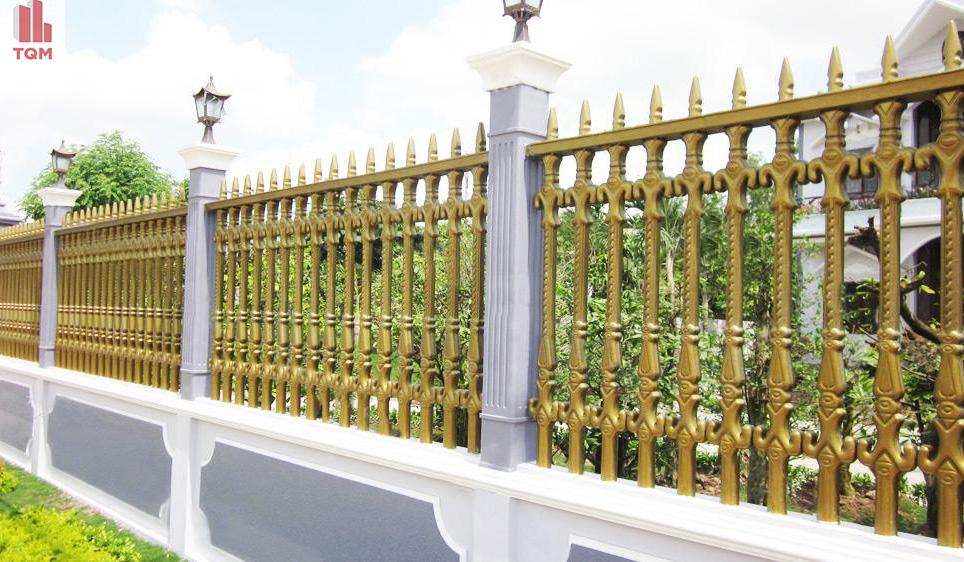 Gợi ý một số mẫu hàng rào đẹp và kiên cố cho nhà cấp 4 - Ảnh 17.