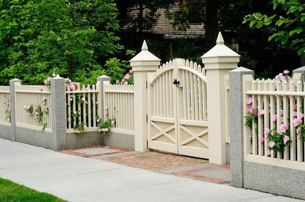 Gợi ý một số mẫu hàng rào đẹp và kiên cố cho nhà cấp 4 - Ảnh 13.