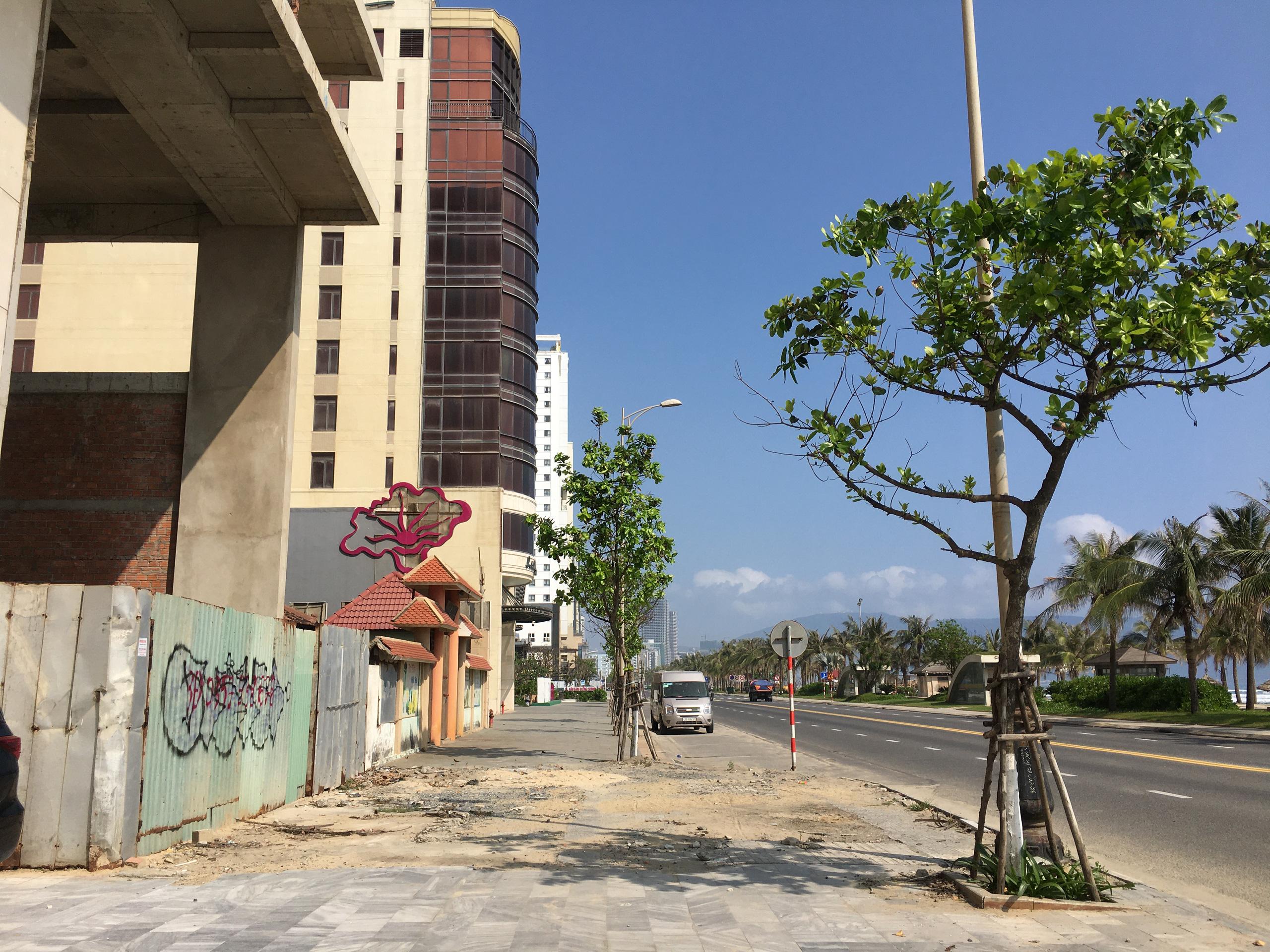 Rao bán nhà ồ ạt ở phố Tây Đà Nẵng, thấp nhất 110 triệu/m2 - Ảnh 7.