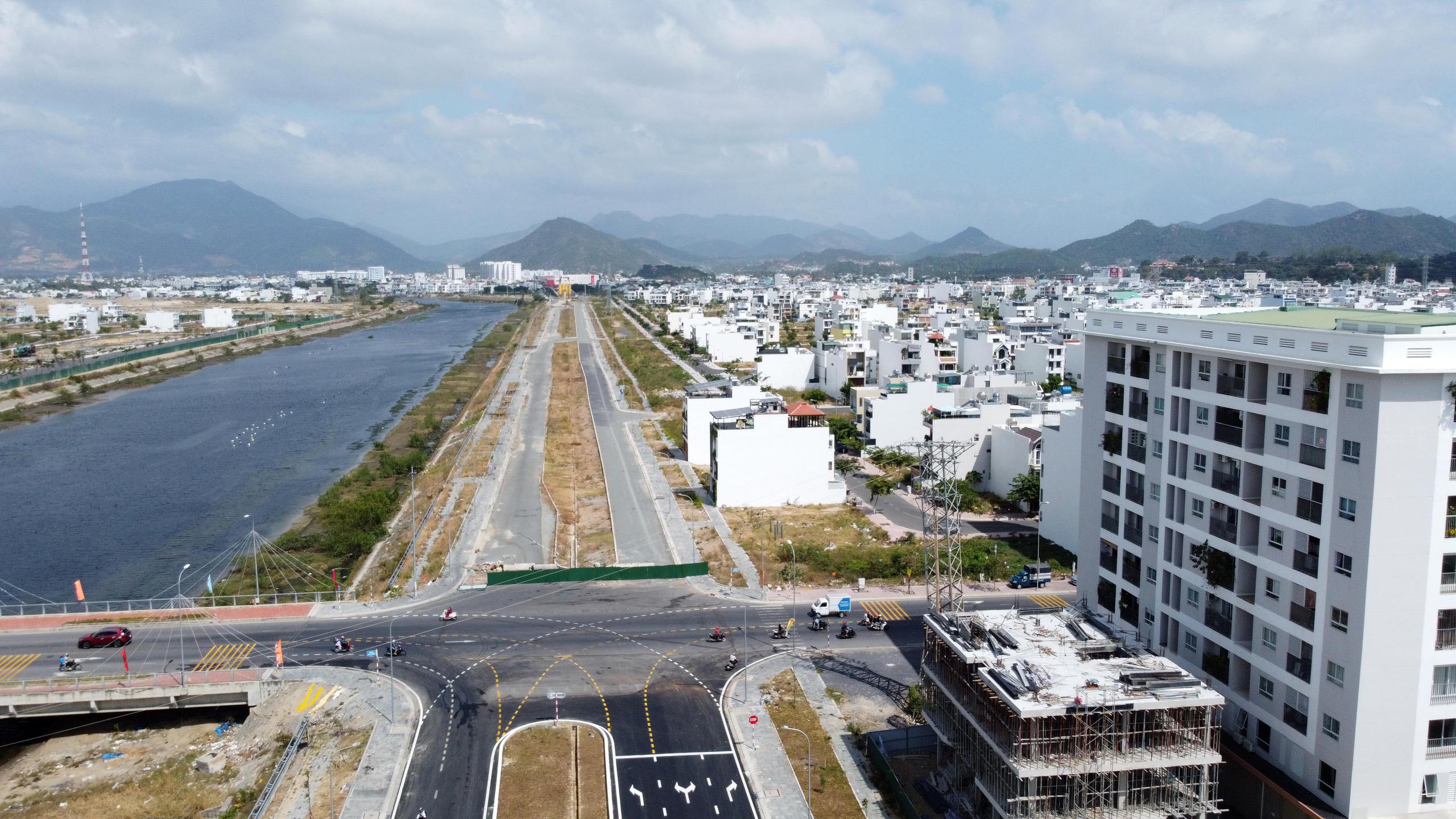 Khánh Hòa: Phúc Sơn chuẩn bị chuyển giao 5,8 km đường vành đai 2 thuộc dự án BT gần 1.200 tỷ đồng - Ảnh 2.
