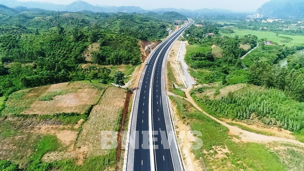 Nghiêm cấm trục lợi, nâng giá vật liệu xây dựng thuộc dự án cao tốc Bắc - Nam - Ảnh 1.