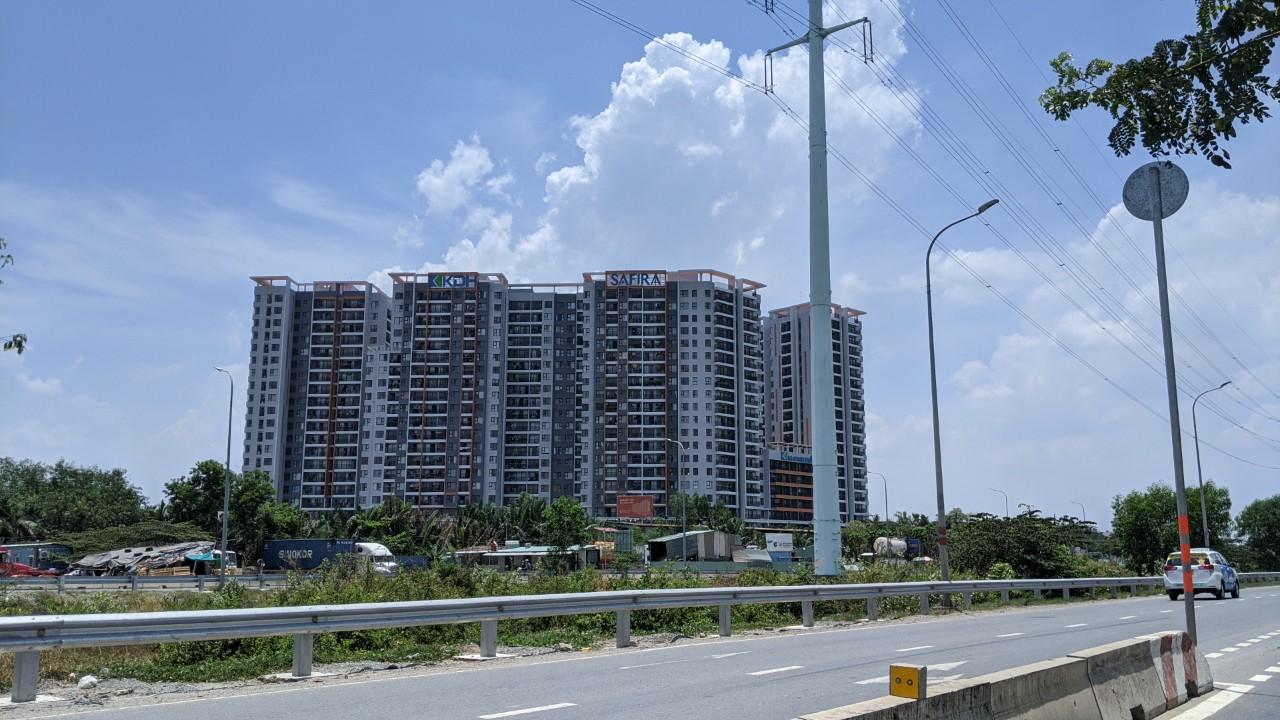 TP HCM sắp đón hơn 14.000 căn hộ từ khu Đông và khu Nam - Ảnh 1.