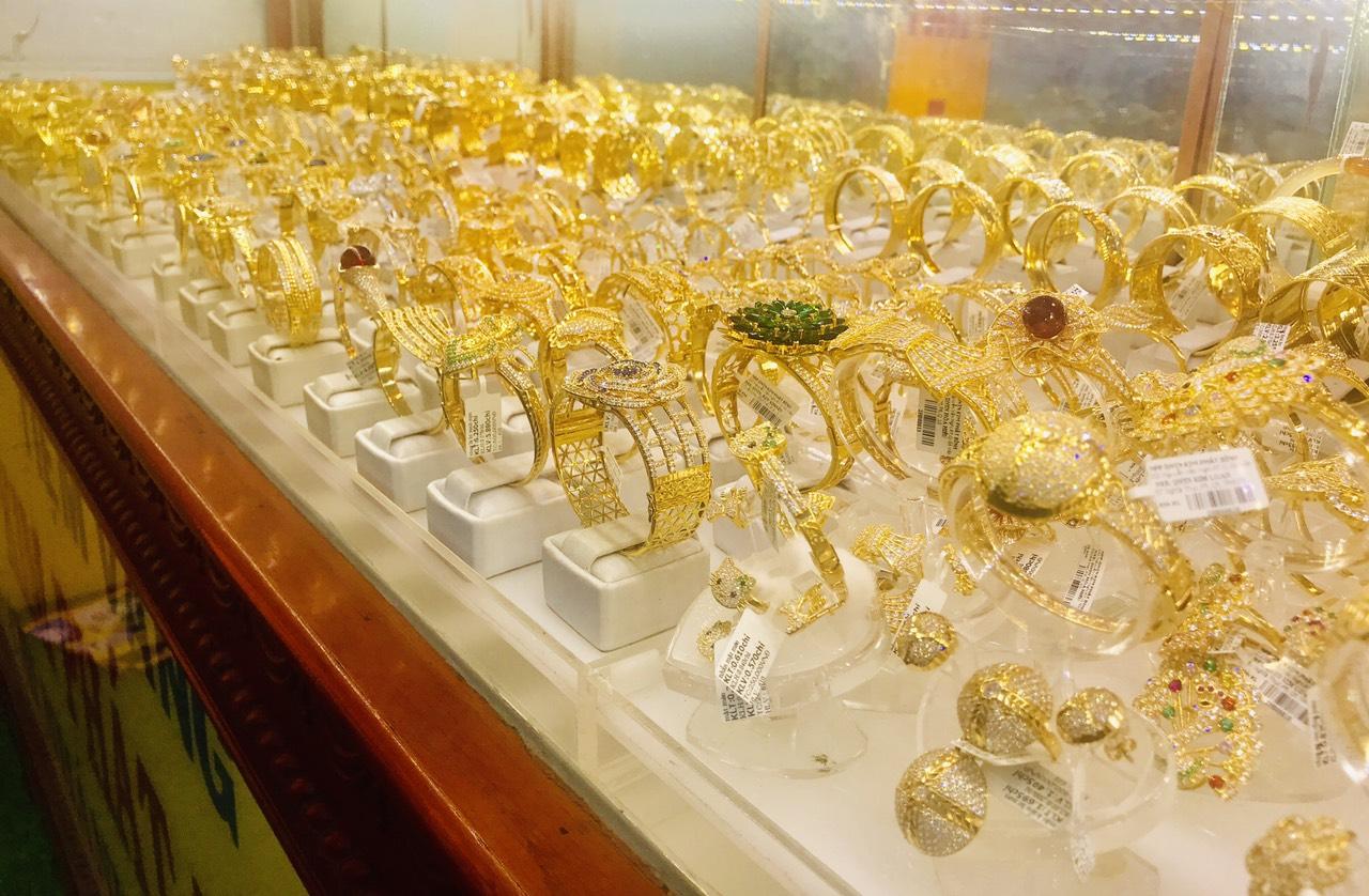 Giá vàng hôm nay 21/4: Vàng miếng SJC tăng 150.000 đồng/lượng - Ảnh 1.