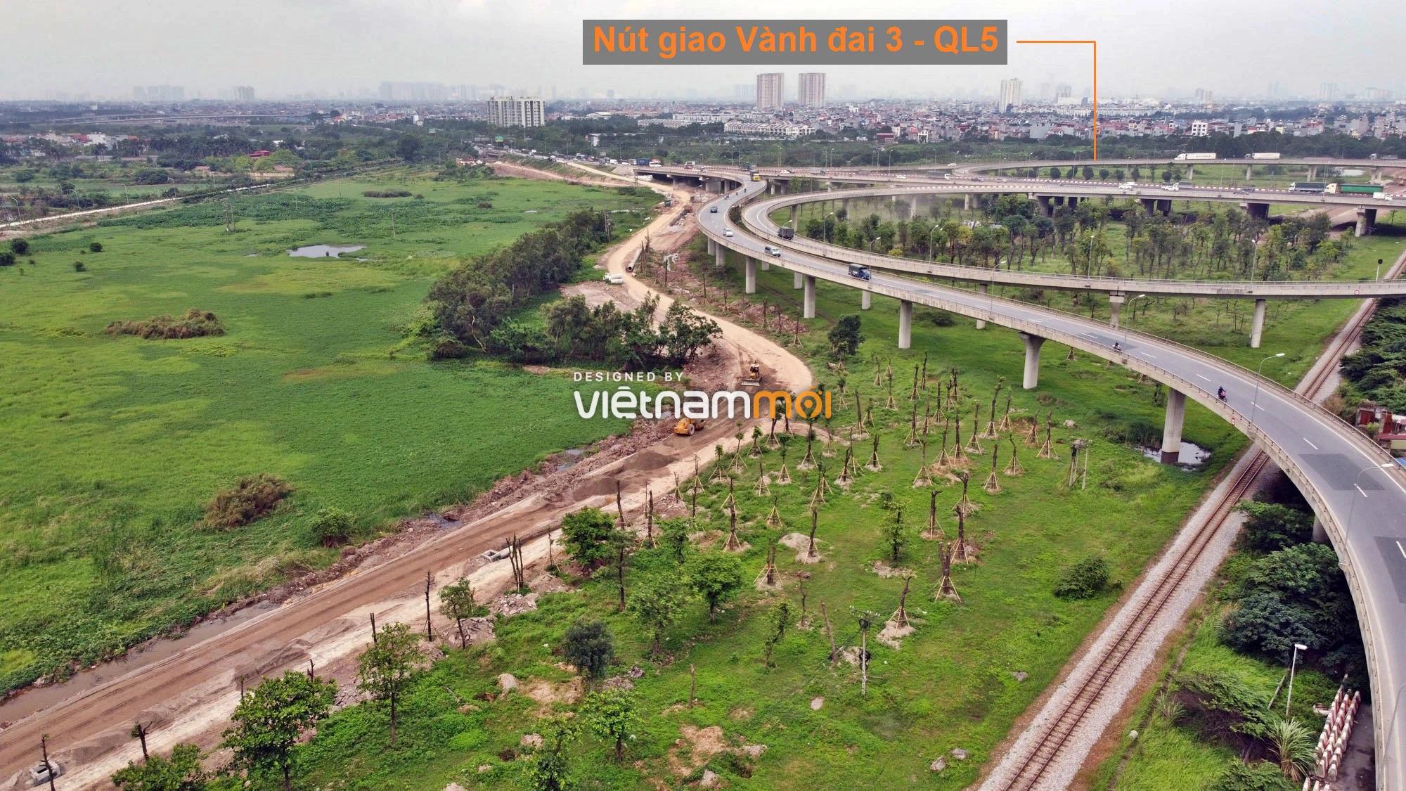 Toàn cảnh tuyến đường gom từ cầu Thanh Trì đến cầu vượt Phú Thị đang mở theo quy hoạch ở Hà Nội - Ảnh 2.