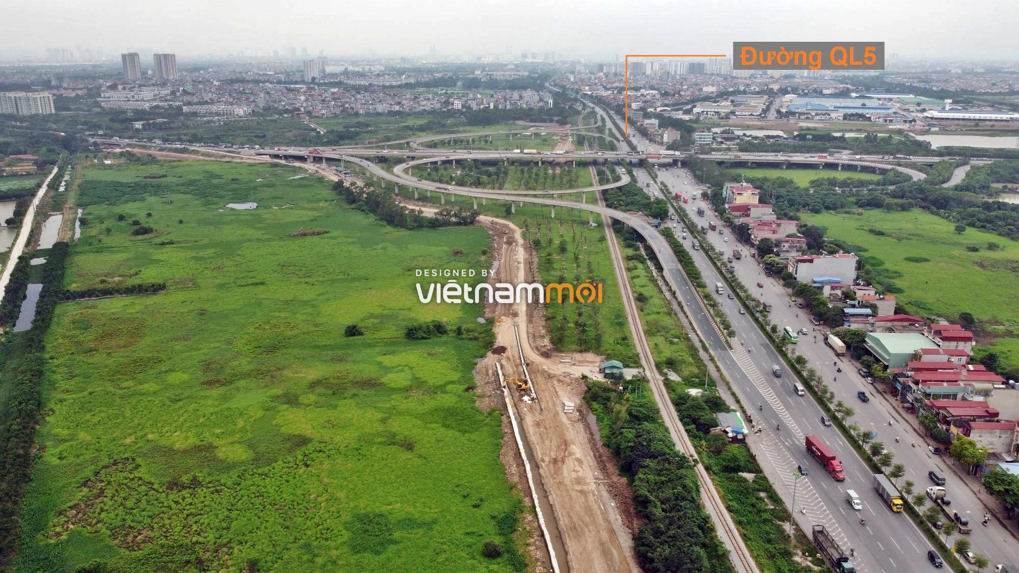 Toàn cảnh tuyến đường gom từ cầu Thanh Trì đến cầu vượt Phú Thị đang mở theo quy hoạch ở Hà Nội - Ảnh 4.