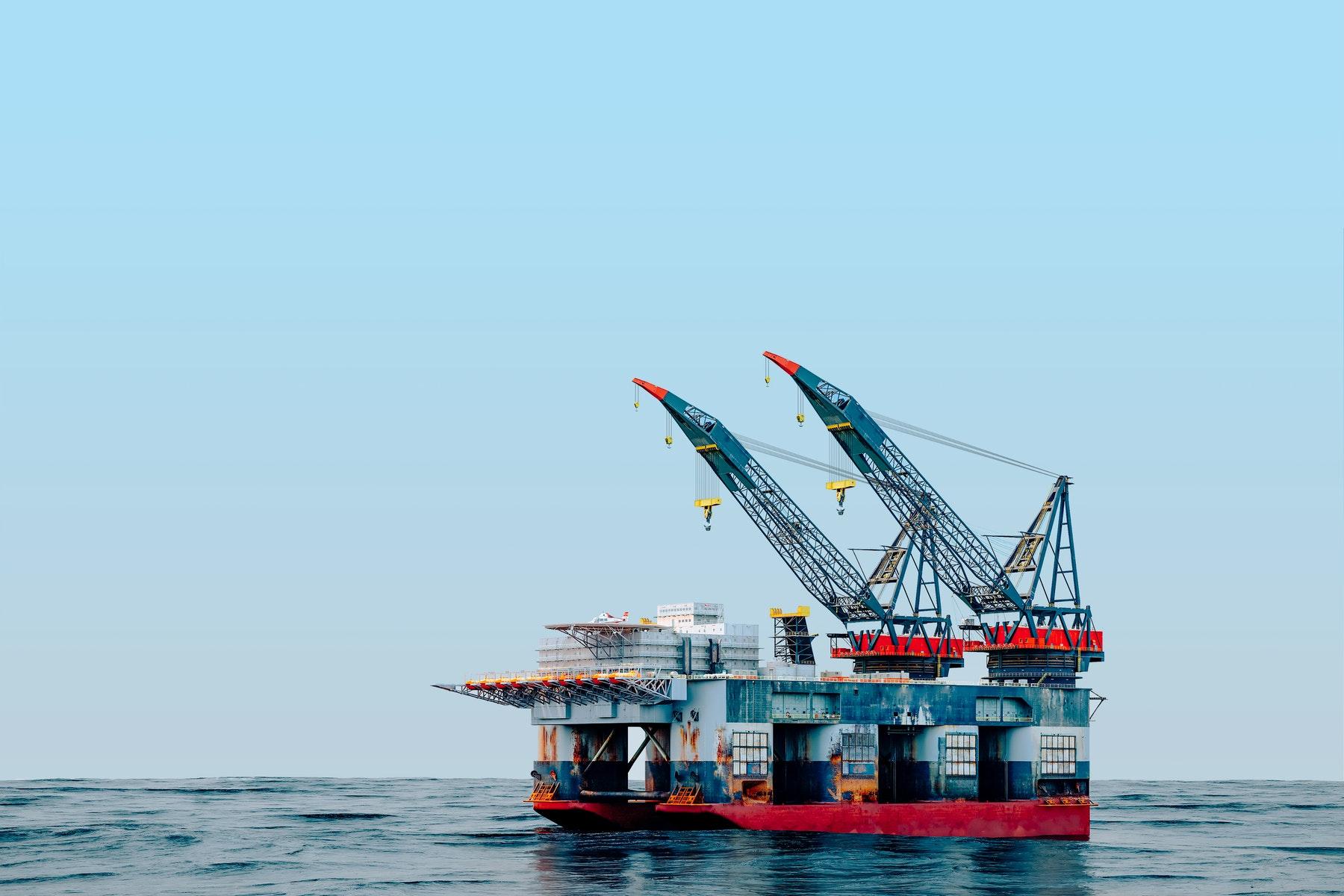 Giá xăng dầu hôm nay 24/4: Giá dầu tăng nhờ vào nhu cầu phục hồi - Ảnh 1.