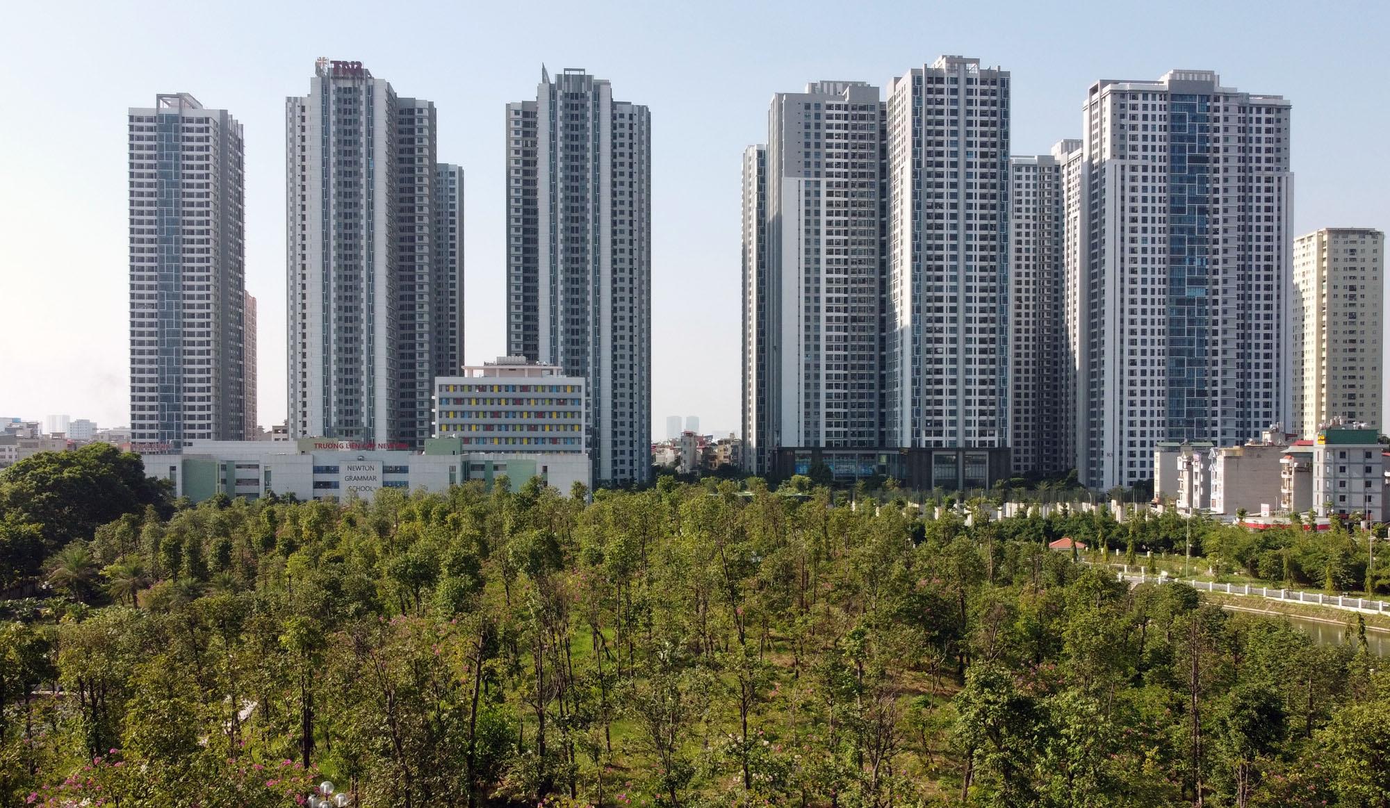 Hàng loạt dự án nhà đất ở Hà Nội phải cung cấp thông tin định kỳ mỗi tháng - Ảnh 1.