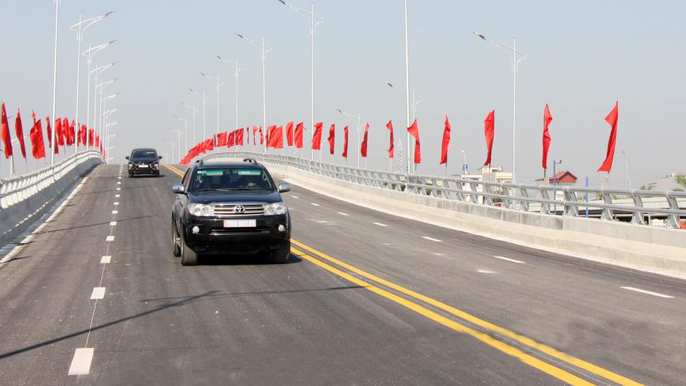 Bắc Giang: Hơn 5.300 tỷ đồng chảy vào 20 dự án giao thông trọng điểm - Ảnh 2.