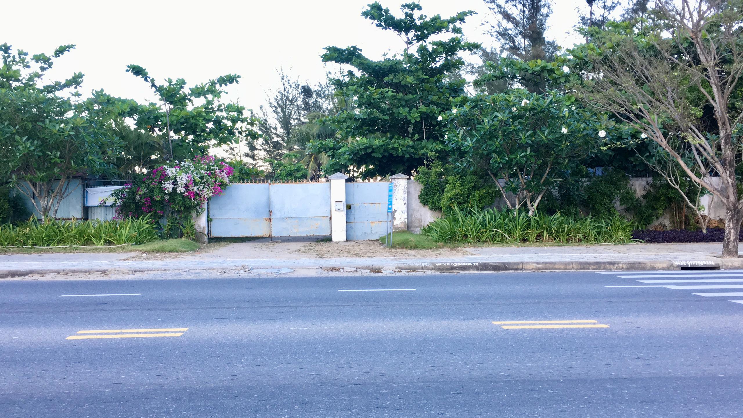 Dự án hơn 12 ha ven biển Đà Nẵng mà Công ty của vợ chồng Chủ tịch VNDirect muốn rút đầu tư hiện đang bỏ hoang - Ảnh 2.