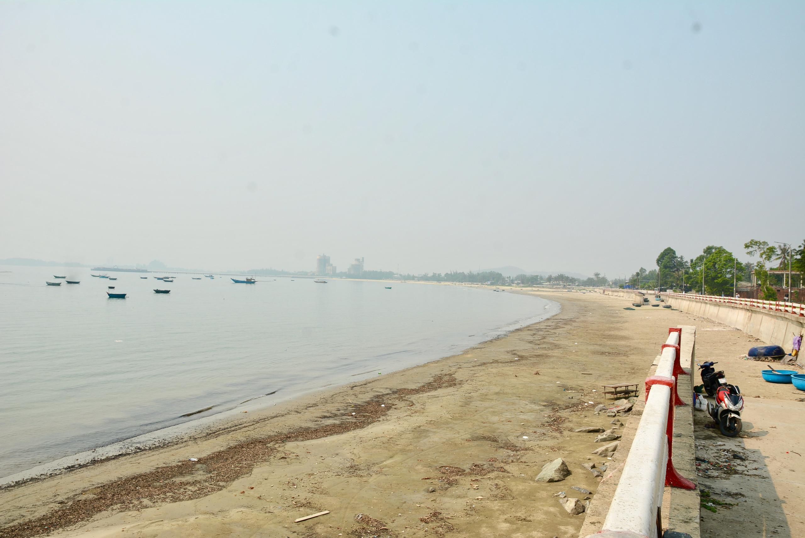 Đầu tư 500 tỷ đồng làm đường ven biển Nguyễn Tất Thành đến cảng Liên Chiểu Đà Nẵng - Ảnh 1.