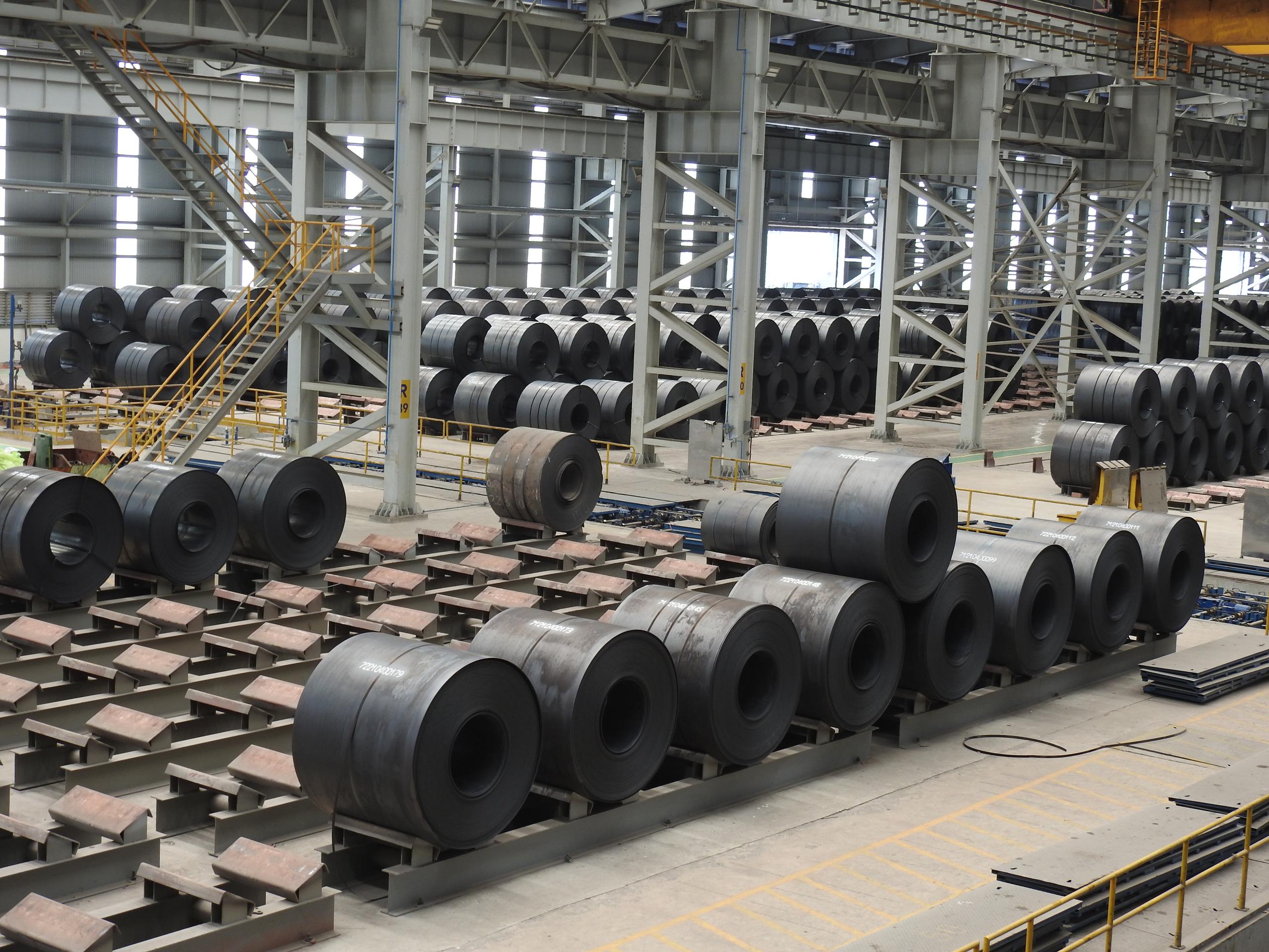 Hòa Phát lần đầu bán hơn 1 triệu tấn thép trong một tháng - Ảnh 1.
