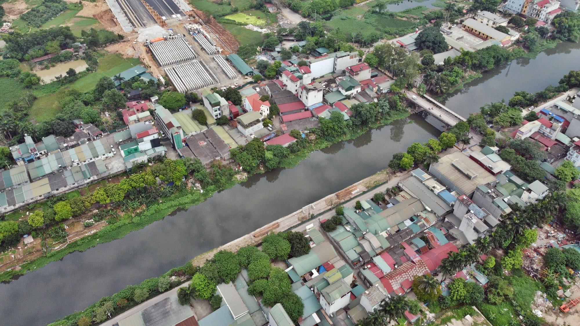 Toàn cảnh đường Tây Thăng Long đang mở theo quy hoạch ở Hà Nội - Ảnh 14.