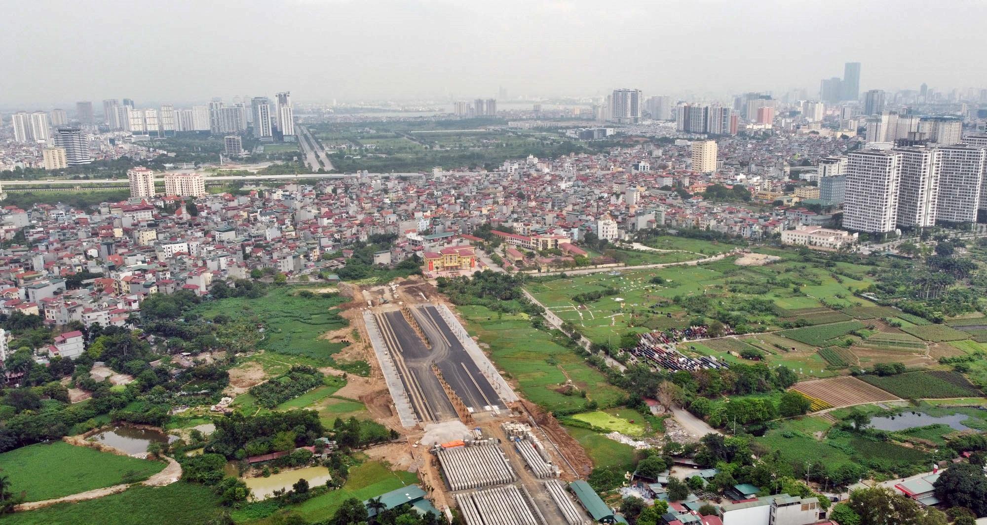Toàn cảnh đường Tây Thăng Long đang mở theo quy hoạch ở Hà Nội - Ảnh 15.