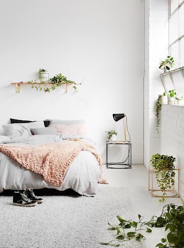 Bật mí những cách trang trí phòng ngủ 'cực chill' mà bạn nên thử - Ảnh 10.