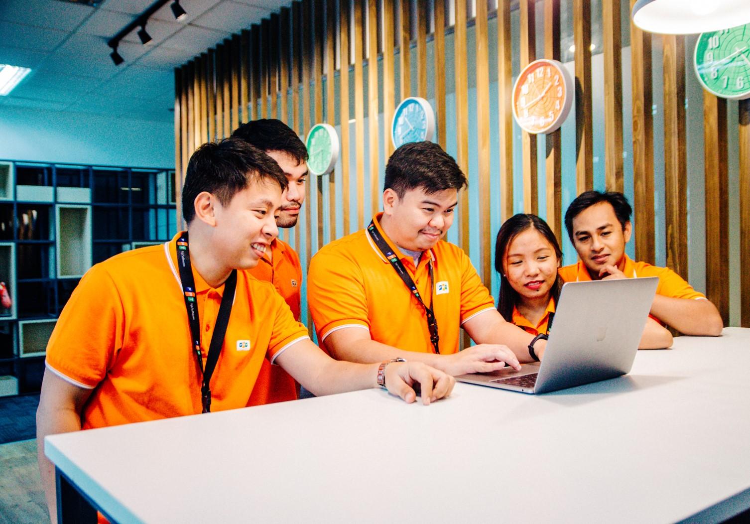 FPT Software tăng hiện diện tại Đông Nam Á, đặt mục tiêu 8.000 nhân sự toàn cầu - Ảnh 1.