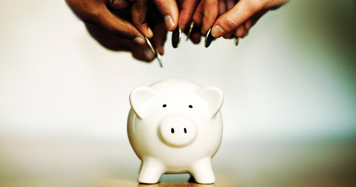 So sánh lãi suất ngân hàng kỳ hạn 6 tháng mới nhất tháng 5/2021 - Ảnh 1.